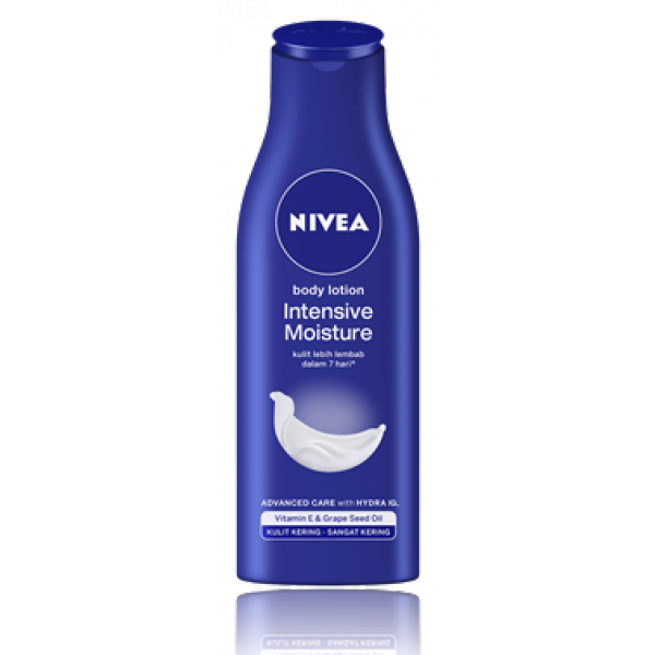 NIVEA Intensive Moisture Body Milk