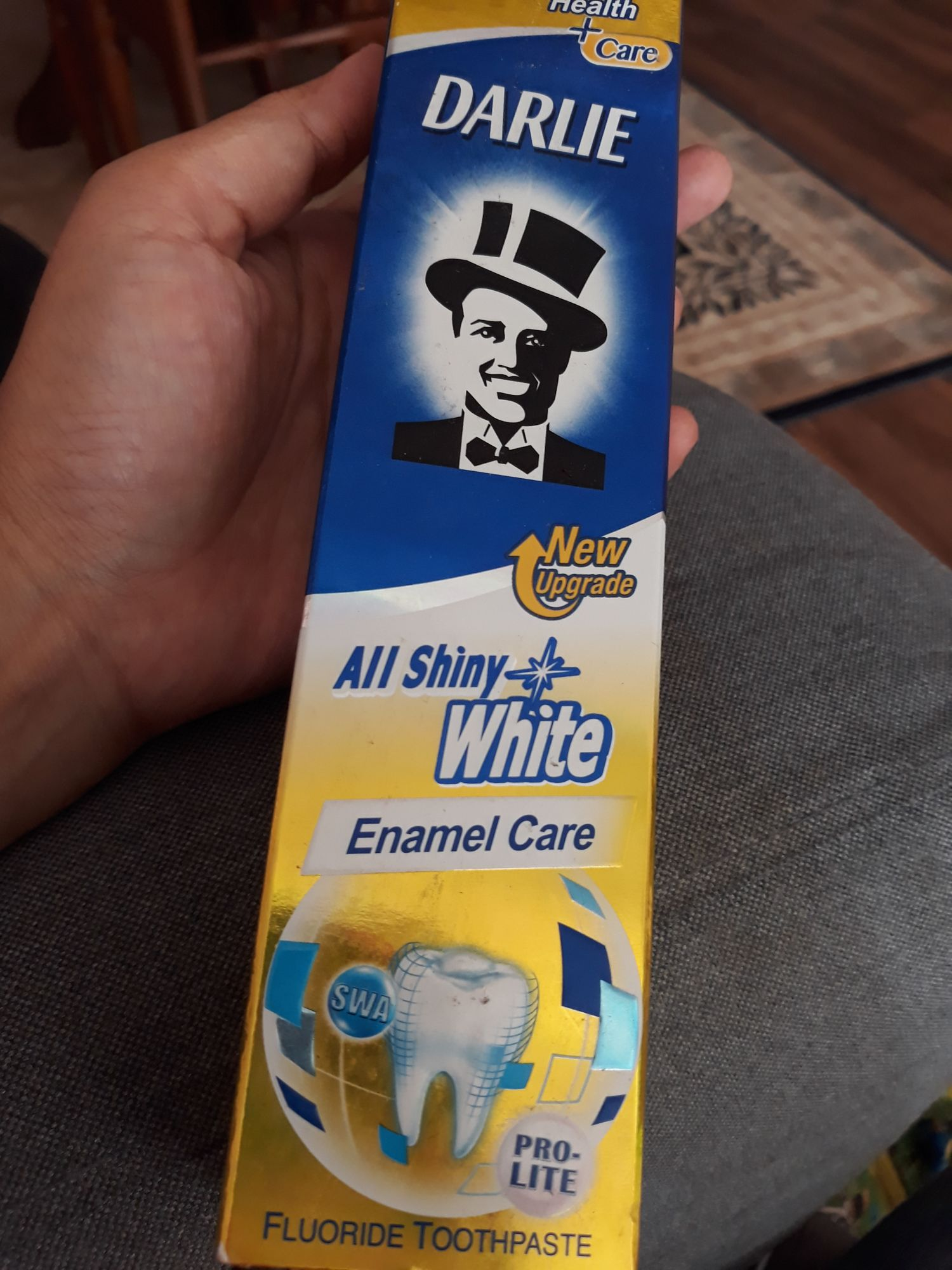 Darlie All Shiny White Enamel Care Reviews I Have Tried This Brand For About A Week Now Can See The Different In My Teeth Eventhough It Is Not That Obvious But There