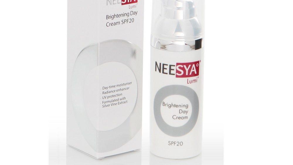 NEESYA Lumi Brightening Day Cream SPF20