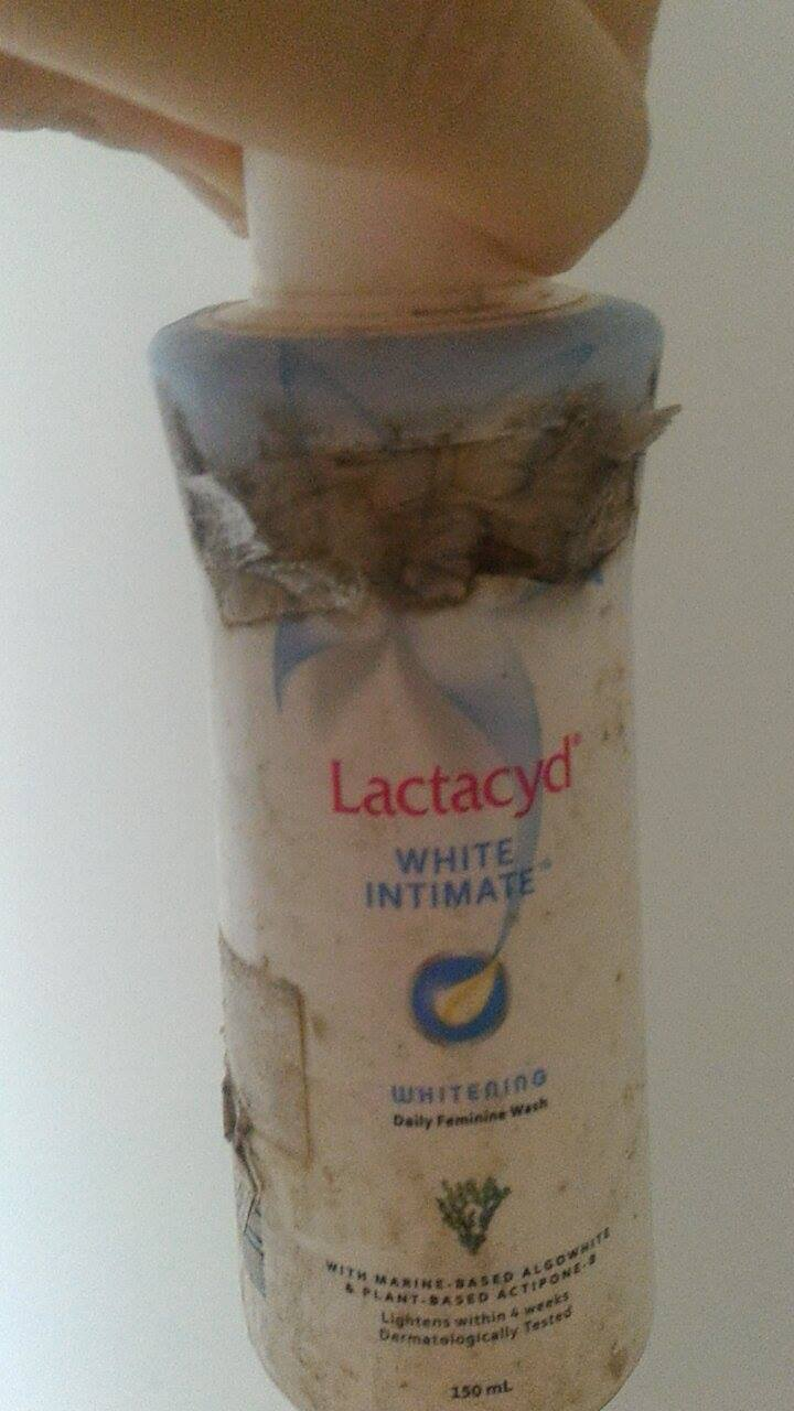 lactacyd feminine wash how to use
