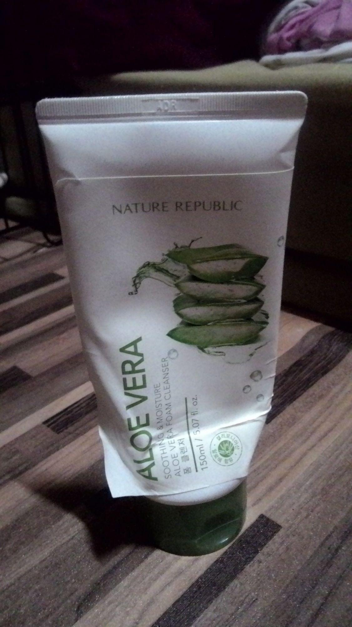 Nature Republic Soothing Moisture Aloe Vera Foam Cleanser Reviews