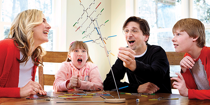 Janie & Joe - Melissa & Doug Suspend