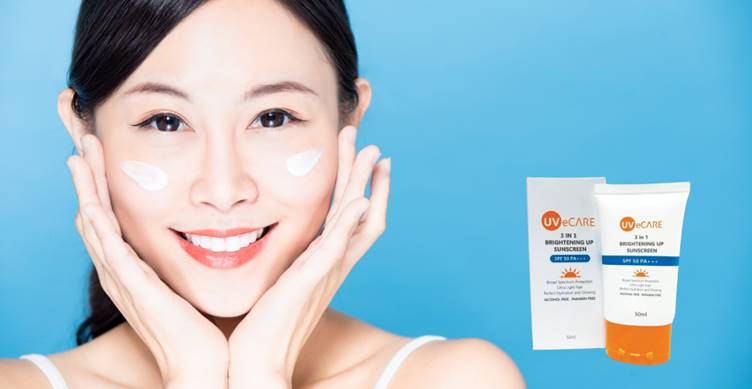 UVeCARE 3 in 1 Brightening Up Sunscreen